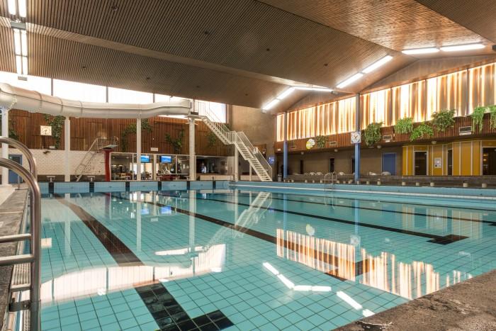 Het wedstrijdbad in het Lentebad van Ataro BV in Zevenaar