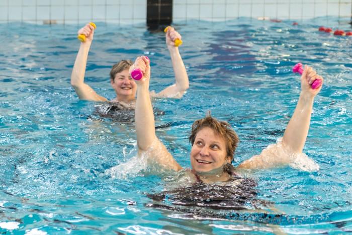 Aquajogging in Lentebad in Zevenaar